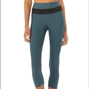 Alo yoga high waist fitness capri deep jade